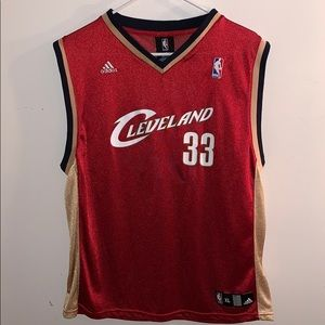 Shaquille O'Neal Cleveland Cavaliers jersey